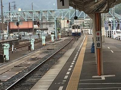 新幹線入線.jpg